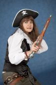 pic of crossed pistols  - Frightened pirate girl  - JPG