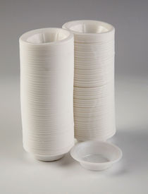 picture of non-biodegradable  - Disposable plastic sauce plate - JPG
