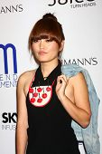 LOS ANGELES - JUL 1:  Hana Mae Lee arrives at the Friend Movement Anti-Bullying Benefit Concert at t