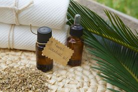 pic of laxatives  - A bottle of fennel essential oil - JPG