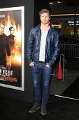 LOS ANGELES - JAN 15: Derek Theler at the premiere of Paramount Pictures' 'Jack Ryan: Shadow Recruit