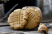 pic of shortbread  - shortbread cookie with peanut butter on a black background - JPG