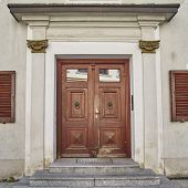 pic of bavaria  - elegant house wooden door - JPG