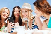 image of video chat  - summer holidays - JPG
