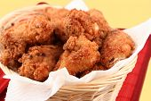picture of fried chicken  - basket of crispy fried chicken - JPG