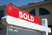 picture of real-estate agent  - Real Estate sold sign - JPG