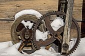 picture of pulley  - Gears and Pulleys slowly deteriorate in the harsh desert environment - JPG