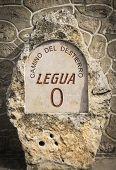Постер, плакат: Camino del Destierro Camino del Cid signpost in Vivar del Cid Burgos Spain