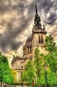 picture of church-of-england  - St Augustine Watling Street a church in London  - JPG