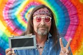picture of hippy  - Hippie peaceful middle - JPG