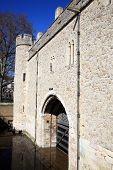 foto of royal palace  - Traitors Gate at the Tower of London built by William The Conqueror in 1078 - JPG