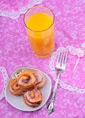 pic of tangelo  - orange juice and pastry on the bleakfast table - JPG