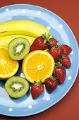 pic of fruit platter  - Platter of fruit  - JPG