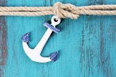 picture of marines  - Marine knot on wooden background - JPG