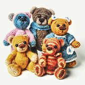 pic of teddy  - Teddy bears family in classic vintage style isolated on white background - JPG