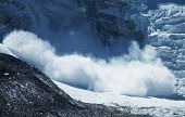 pic of avalanche  - avalanche in Himalaya - JPG