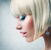 pic of young women  - Haircut - JPG
