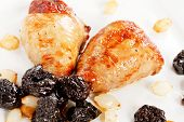 chicken wings with prunes