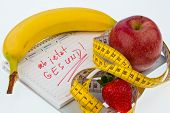 apple, tape measure and calendar. good resolution for healthy nutrition