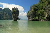 picture of james bond island  - Khao Phing Kan island, also known as