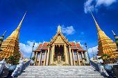 picture of emerald  - Wat Phra Kaew Temple of the Emerald Buddha Bangkok Thailand - JPG