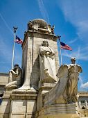 picture of amtrak  - Union Station at Washington DC with Christopher Columbus Statue - JPG