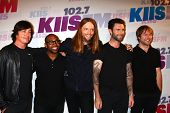 LOS ANGELES - MAY 11:  (L-R) Matt Flynn, PJ Morton, James Valentine, Adam Levine and Mickey Madden o