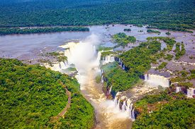 picture of helicopters  -  Iguazu River spreads widely among the dense tropical forests - JPG