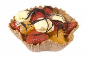 image of satsuma  - Waffle fruit basket filled with strawberries - JPG