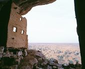 picture of dogon  - View from Dogon village Yabatalu Mali - JPG