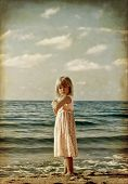 picture of little girls photo-models  - little girl on the beach - JPG
