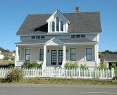 pic of mendocino  - house in mendocino - JPG