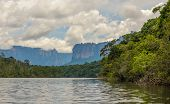 foto of canaima  - Highly detailed image of Canaima National Park Venezuela - JPG