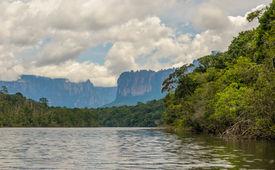 pic of canaima  - Highly detailed image of Canaima National Park Venezuela - JPG