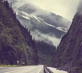 foto of backwoods  - Dalton highway on Alaska - JPG