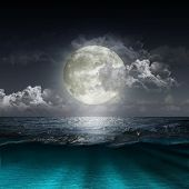 picture of meteor  - Magical evening on the ocean and the moon - JPG