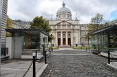 foto of prime-minister  - office of the prime minister of ireland in dublin - JPG