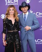 LAS VEGAS - APR 07:  Faith Hill & Tim McGraw arrives to the Academy of Country Music Awards 2013  on