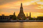 foto of sm  - Sunset at Wat Arun temple - JPG