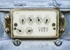 picture of electricity meter  - Close - JPG