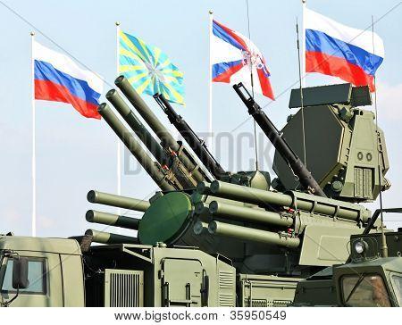 Постер, плакат: Оружие противовоздушной обороны «Панцирь С1», холст на подрамнике
