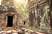 image of mystique  - Ruins of ancient temple lost in jungle - JPG