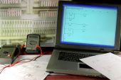 foto of plc  - Laptop and specialized software are major tool in test and commissioning of modern PLC based automatic control - JPG