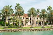 picture of mansion  - Luxurious mansion on Star Island in Miami - JPG