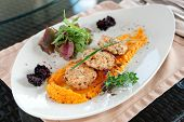 picture of patty-cake  - White meat patty cakes with pumpkin mash - JPG