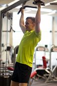 picture of pull up  - sport - JPG