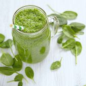 image of masonic  - Apple and spinach green smoothie in mason jar - JPG